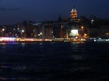 Galataturm bei Nacht